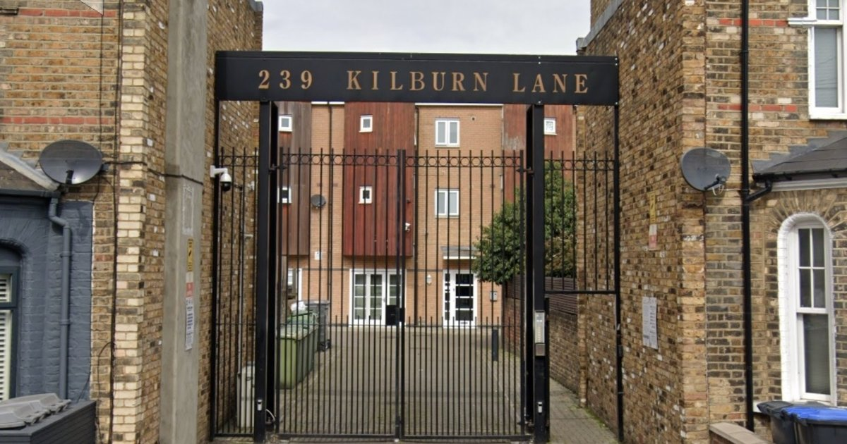9 HMO Houses in Queens Park Mews Sold